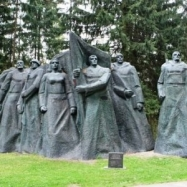 TOUR TO THE PARK OF SOVIET SCULPTURES - GRUTAS PARK AND DRUSKININKAI TOWN